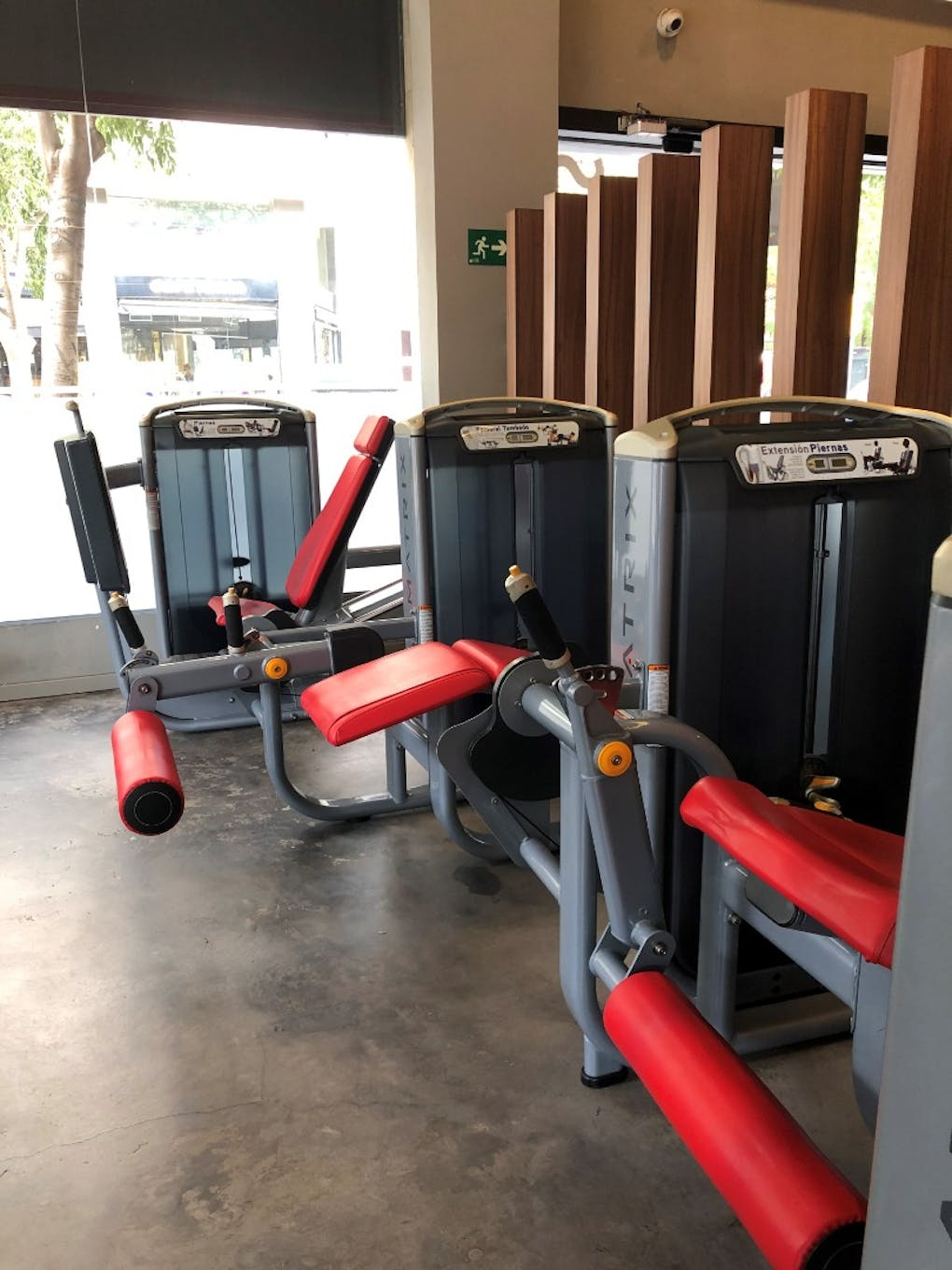 SNAP Fitness - LES CORTS