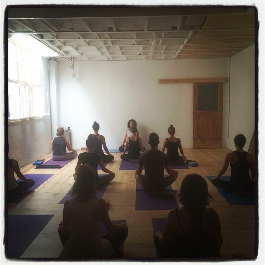 Foto 3 Oferta Yoga con Gracia Espacio Norte Barcelona {2} - GymForLess