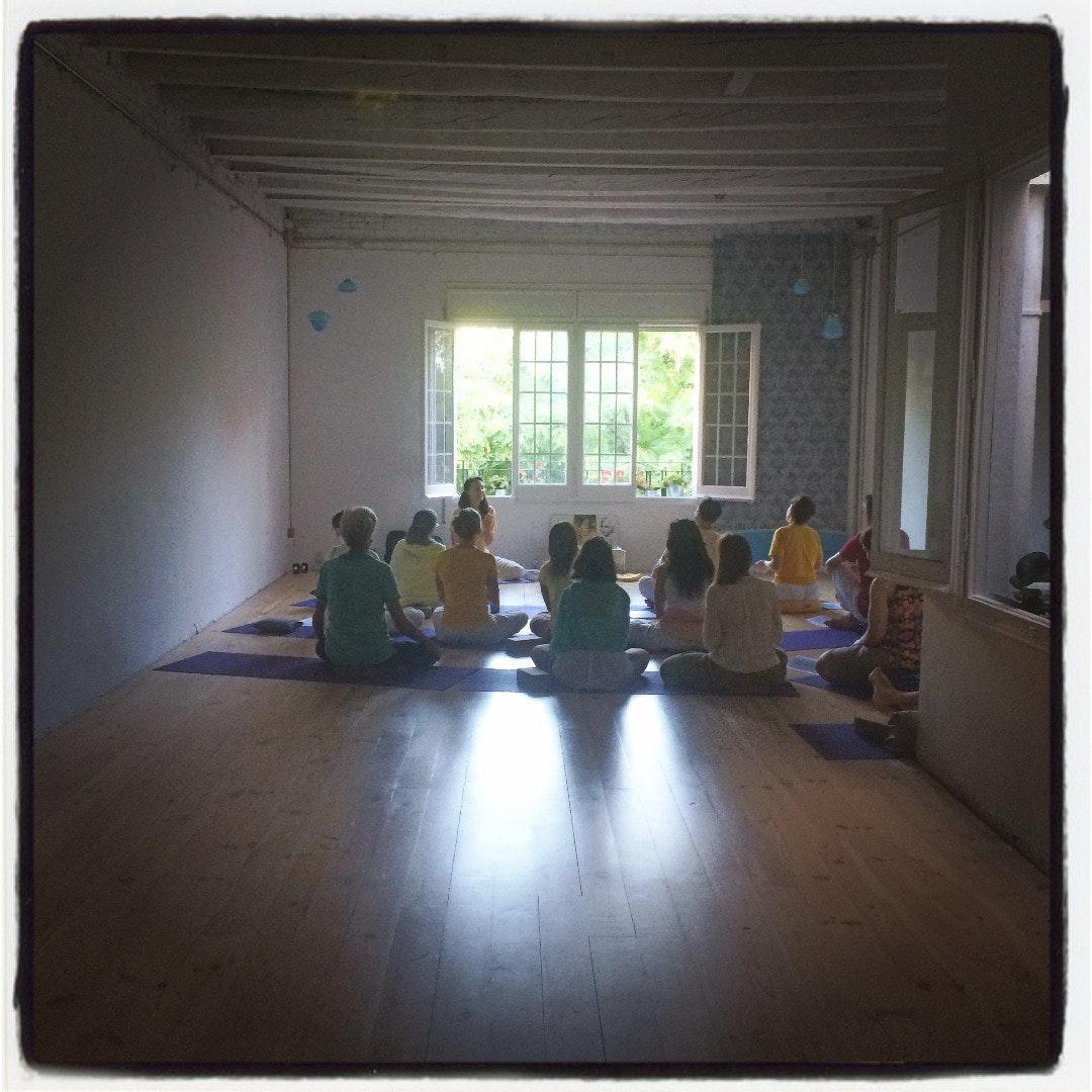 Foto 2 Oferta Yoga con Gracia Espacio Norte Barcelona {2} - GymForLess