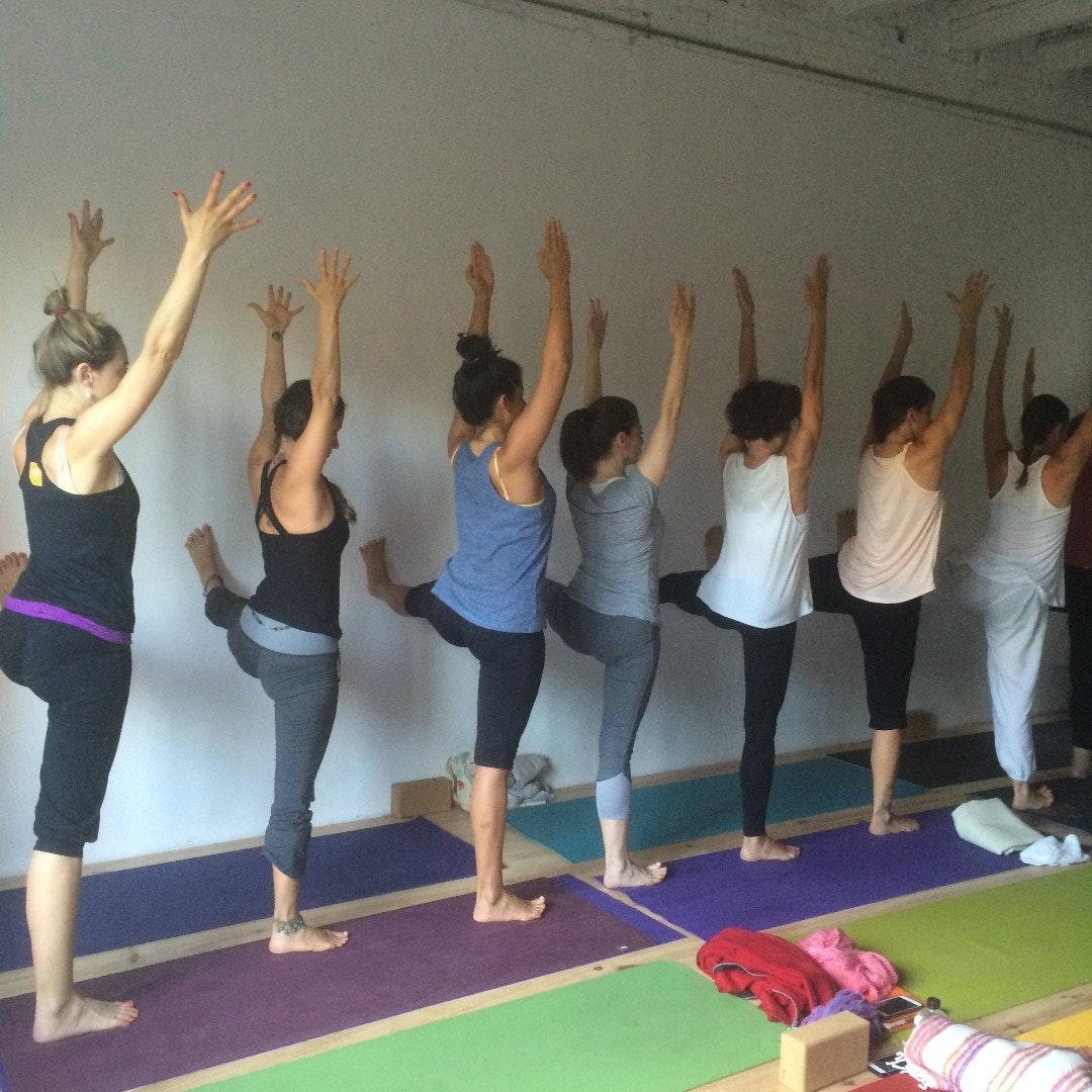Picture 4 Deals for Gym Yoga con Gracia Espacio Norte Barcelona