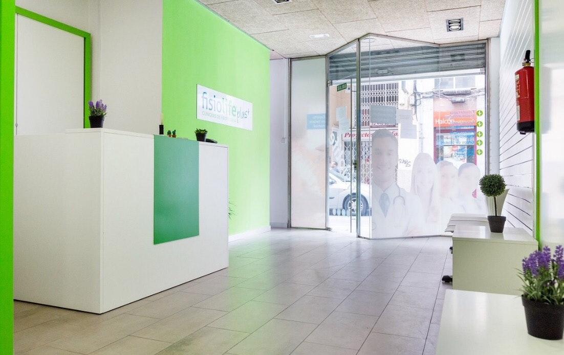 Picture 0 Deals for Gym Fisiolife Plus Collblanc Pilates L'Hospitalet de Llobregat