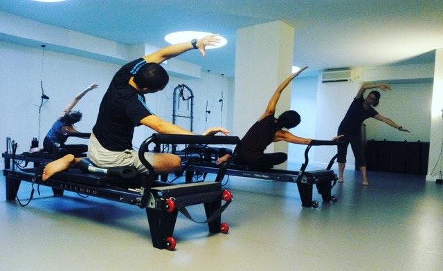 Foto 3 Oferta Gimnasio Slings Barcelona Pilates Máquina Barcelona - GymForLess