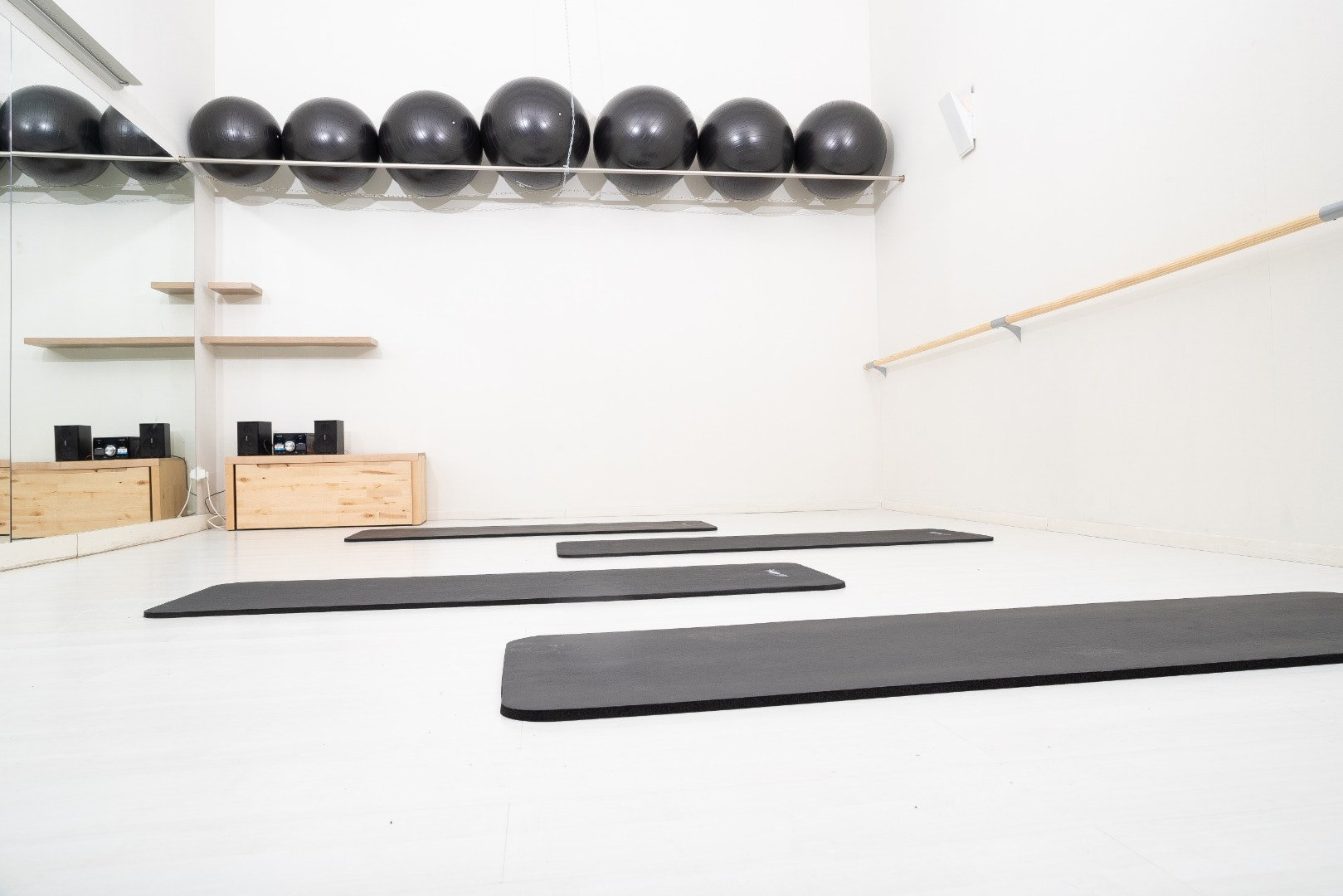 Picture 0 Deals for Balance Studio - Pilates Boutique & Health Bar Barcelona {2}