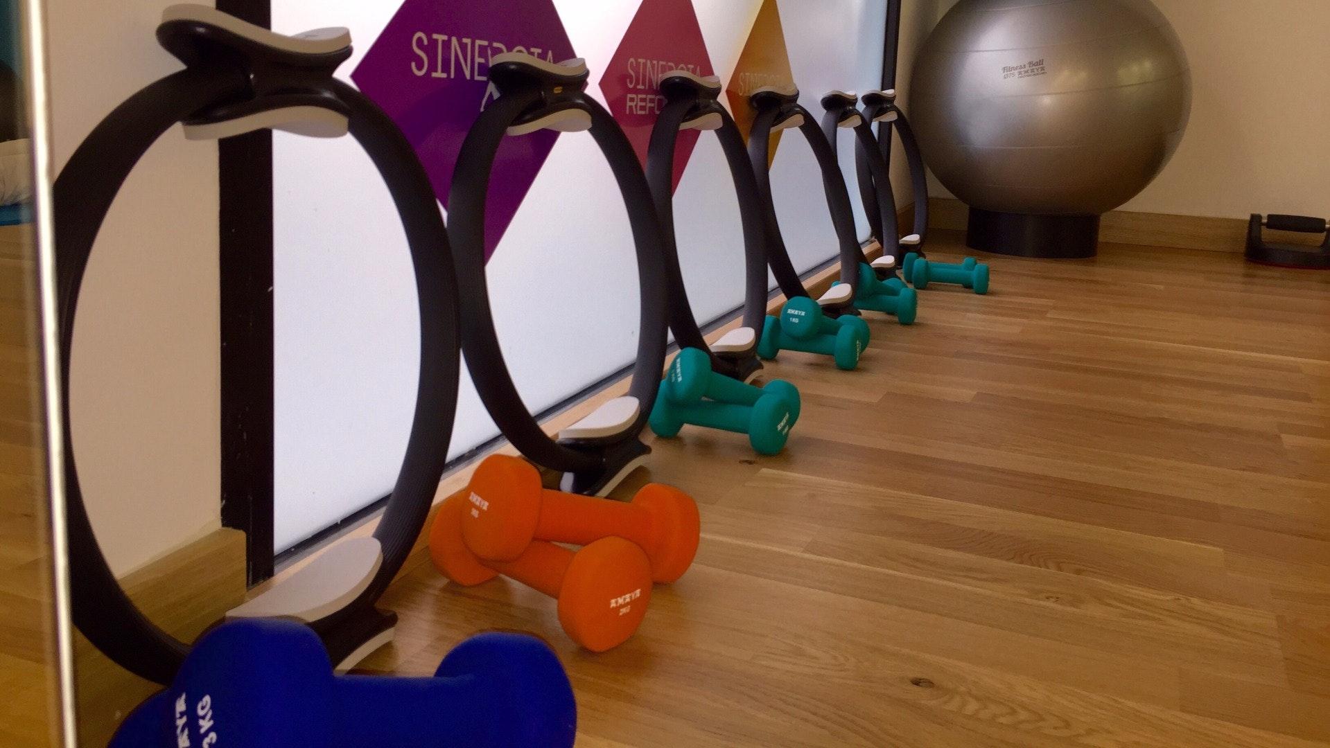 Foto 0 Oferta Sinergia Pilates Suelo Estepona {2} - GymForLess