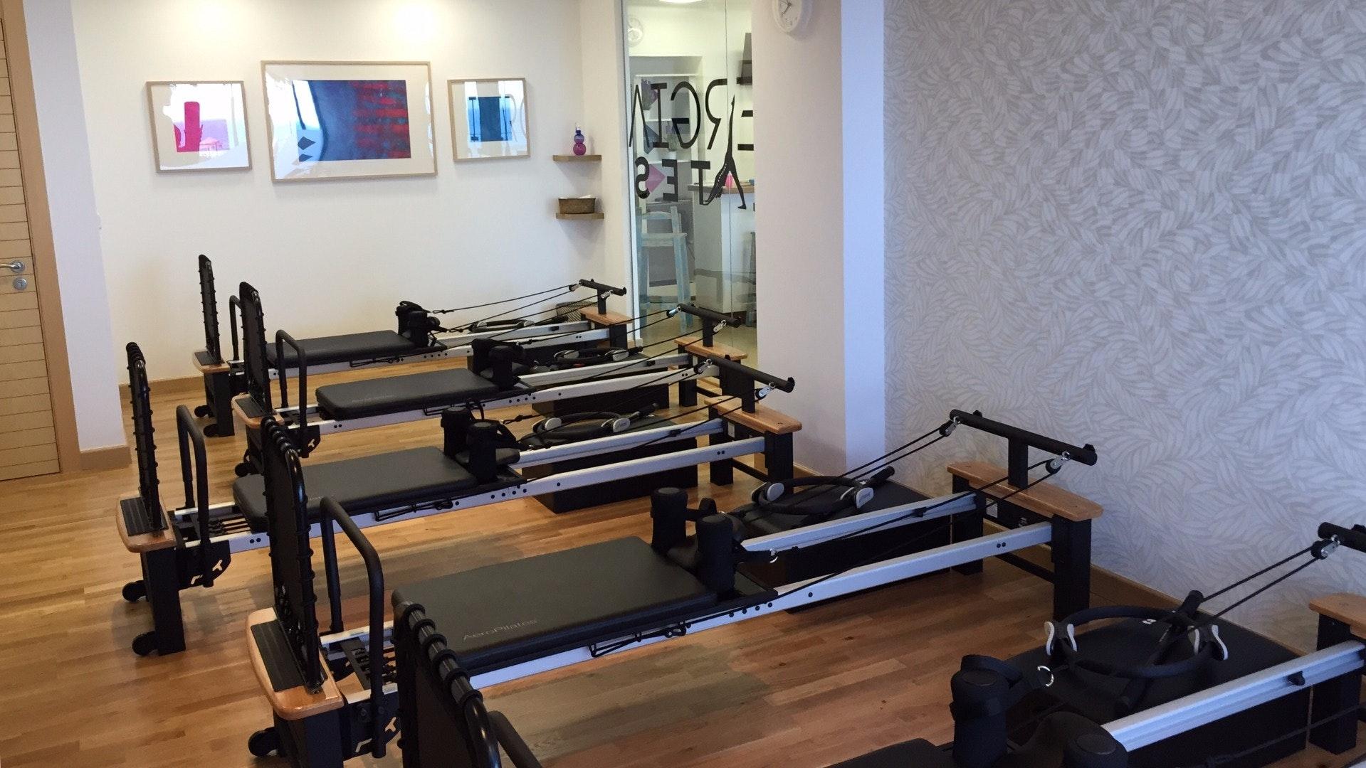 Foto 0 Oferta Sinergia Pilates Reformer Estepona {2} - GymForLess