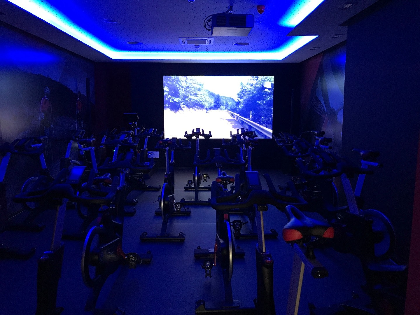 Foto 0 Oferta Feel & Bike Spinning Madrid {2} - GymForLess