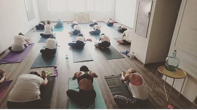 Foto 0 Oferta Yogamor Barcelona {2} - GymForLess