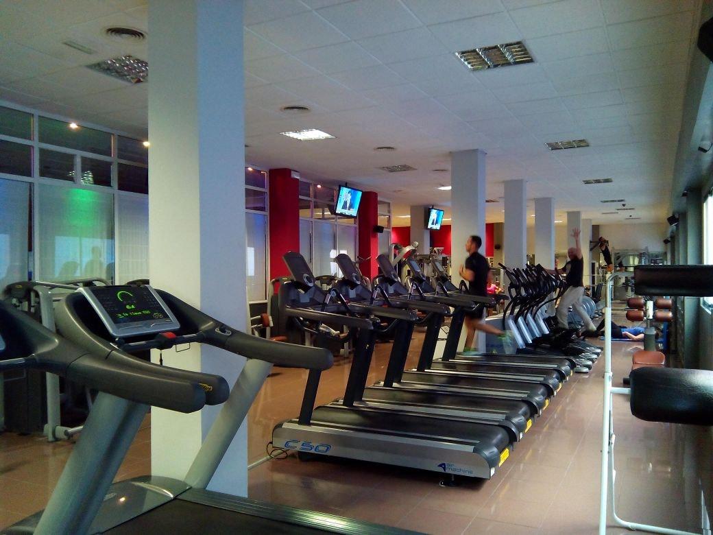 Foto 1 Oferta CAROLINASGYM Alicante/Alacant {2} - GymForLess