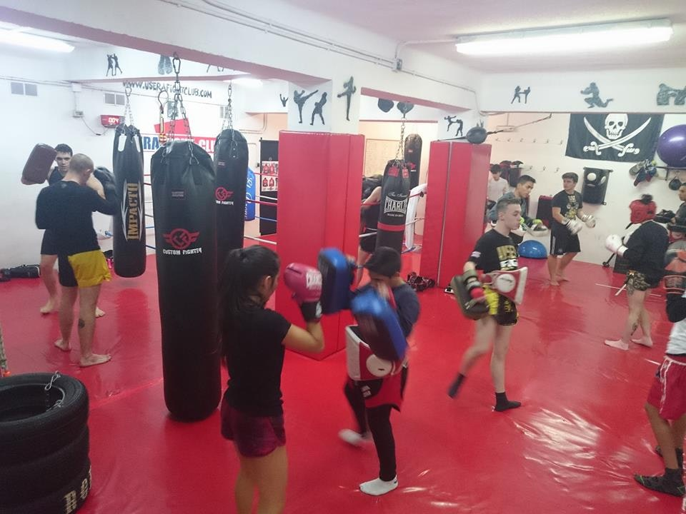 Foto 5 Oferta Usera Fight Club Madrid {2} - GymForLess