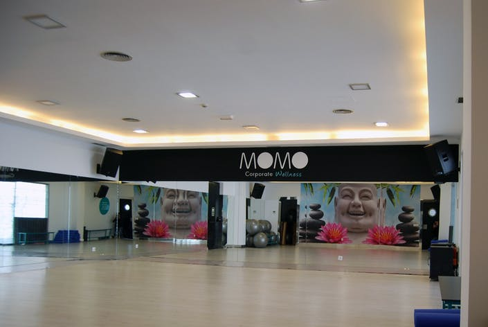 Oferta gimnasio momo distrito telef nica madrid gymforless for Bb fit padova