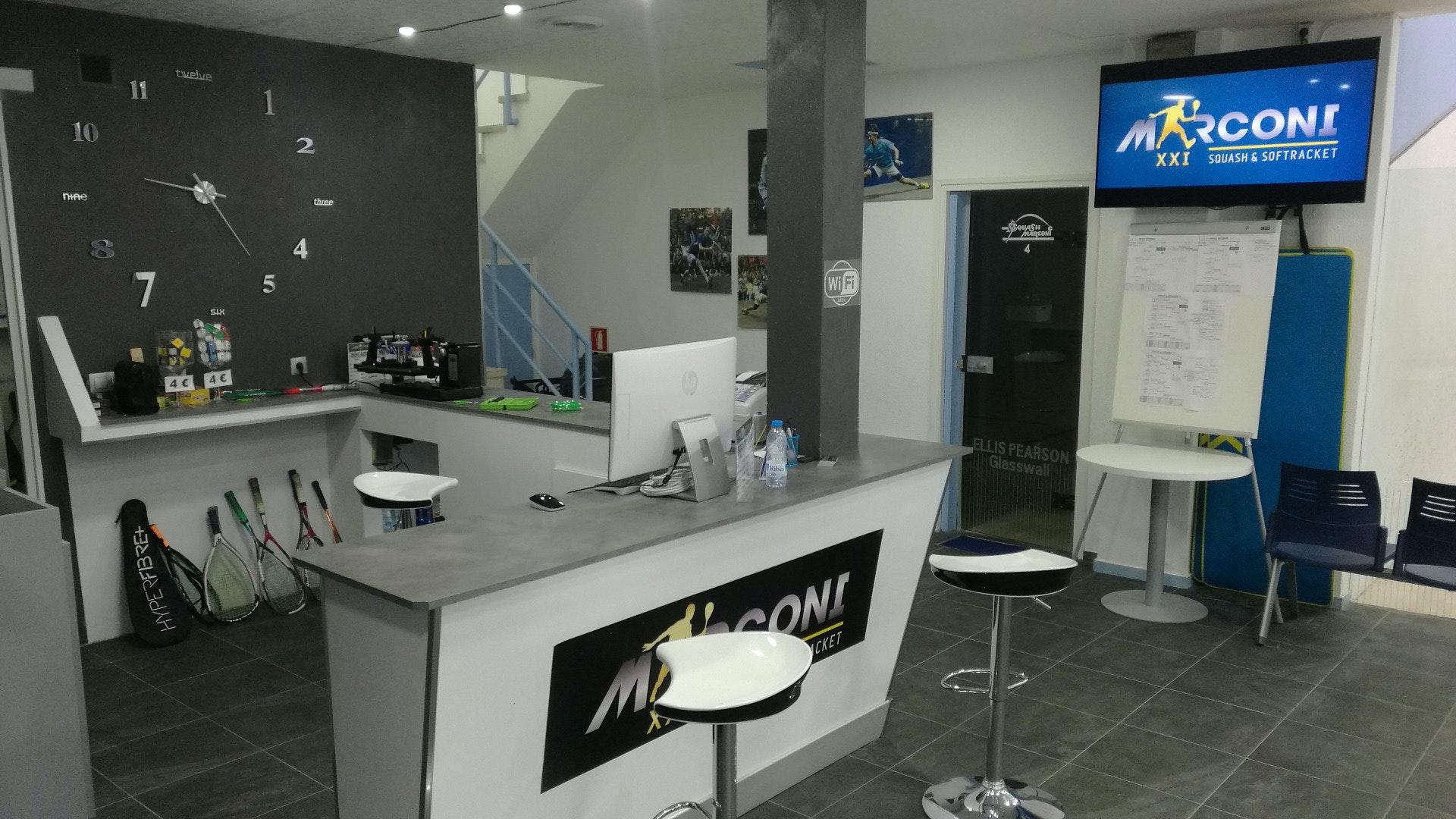Picture 5 Deals for MARCONI XXI SQUASH & SOFTRAQUET Terrassa {2}