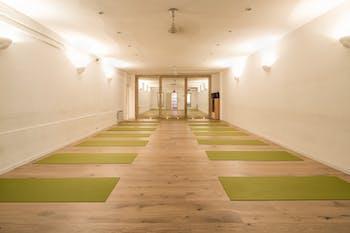 Estudio Yoga Nil