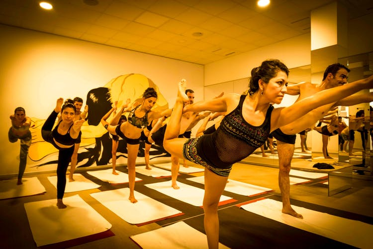 Power Hot Yoga Montecarmelo