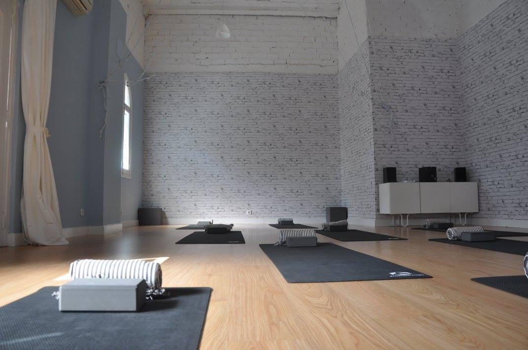 Foto 1 Oferta La Sala de Yoga Madrid {2} - GymForLess