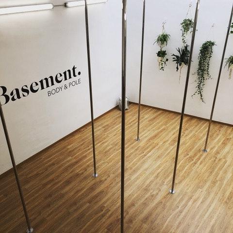 Foto 0 Oferta Basement Body & Pole Barcelona {2} - GymForLess