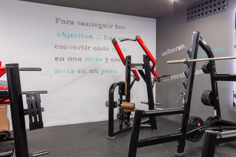 Foto 0 Oferta Synergym Marbella Marbella {2} - GymForLess