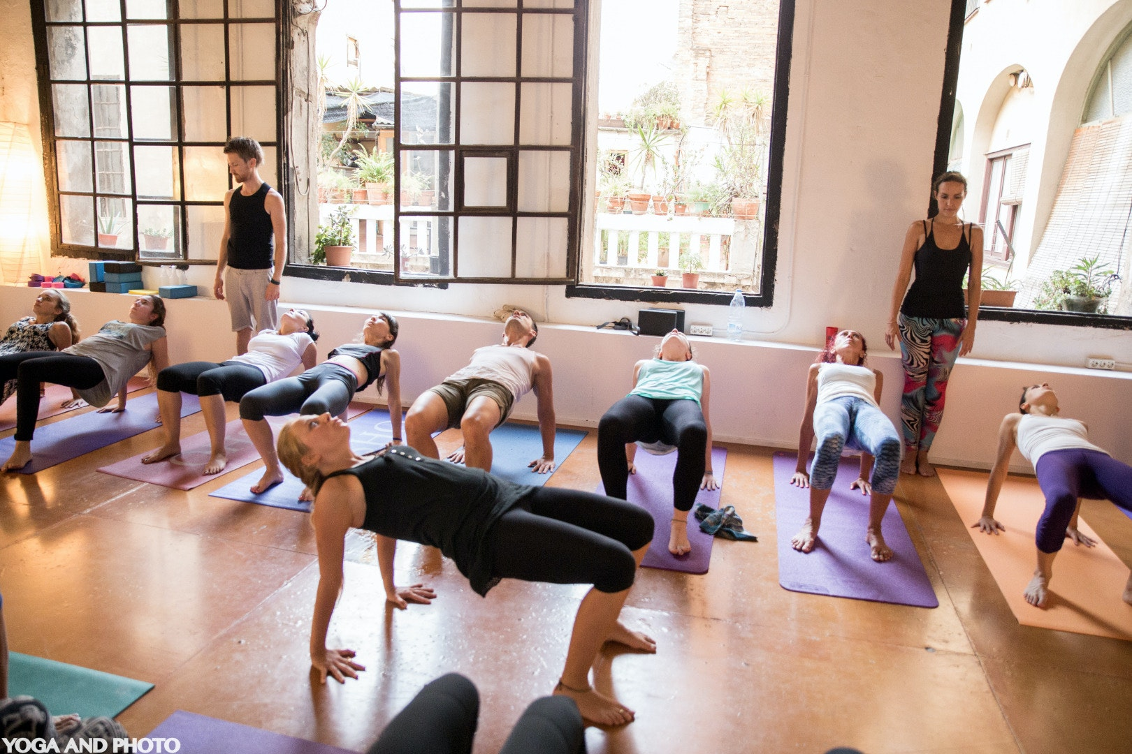 Foto 2 Oferta Yoga Lab BCN Barcelona {2} - GymForLess