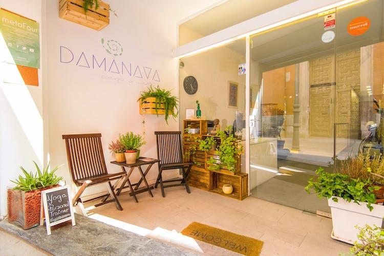 DAMANAVA Yoga & Wellness Studio
