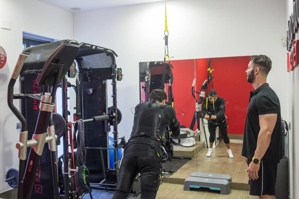 Foto 2 Oferta Electro Body Center Maldonado Madrid {2} - GymForLess