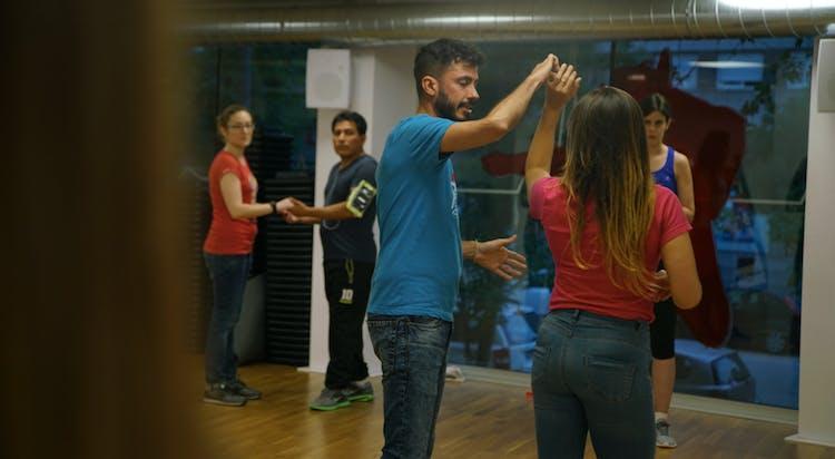 BCN Baila - Escuela de Salsa y Bachata