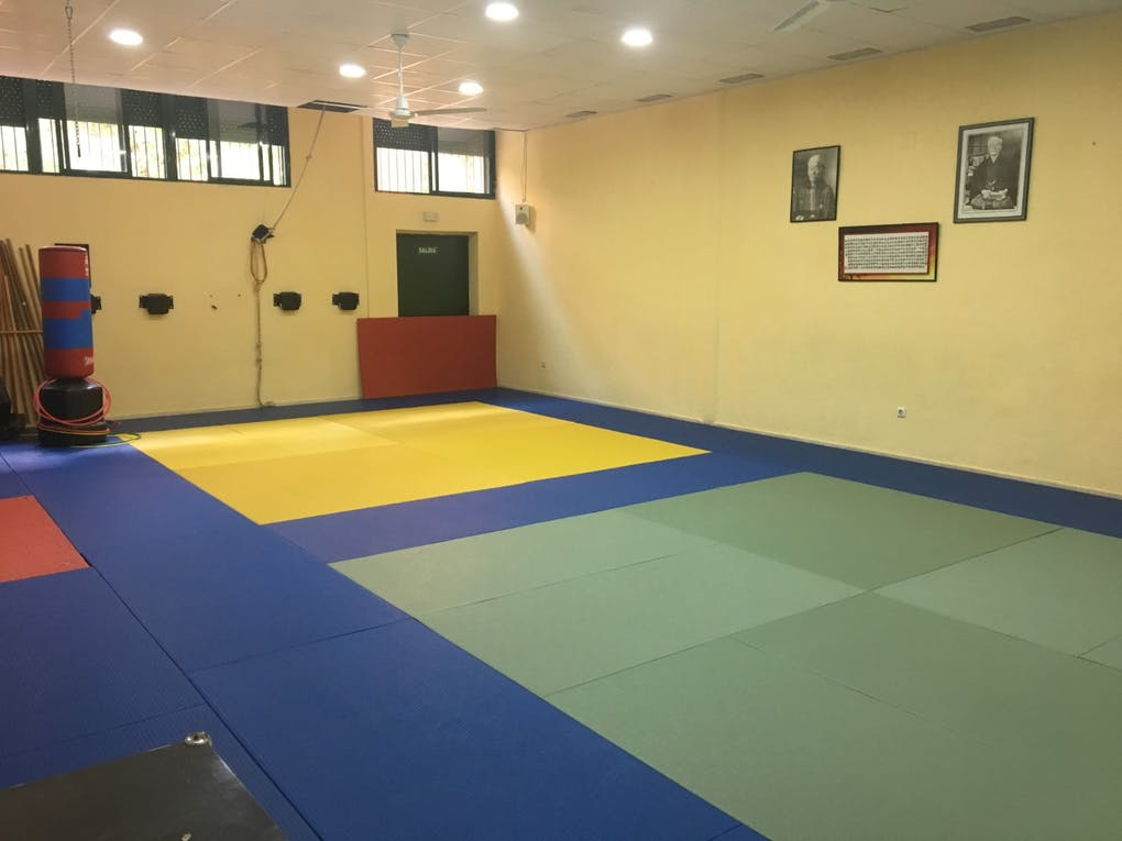 Centro Deportivo Fatres