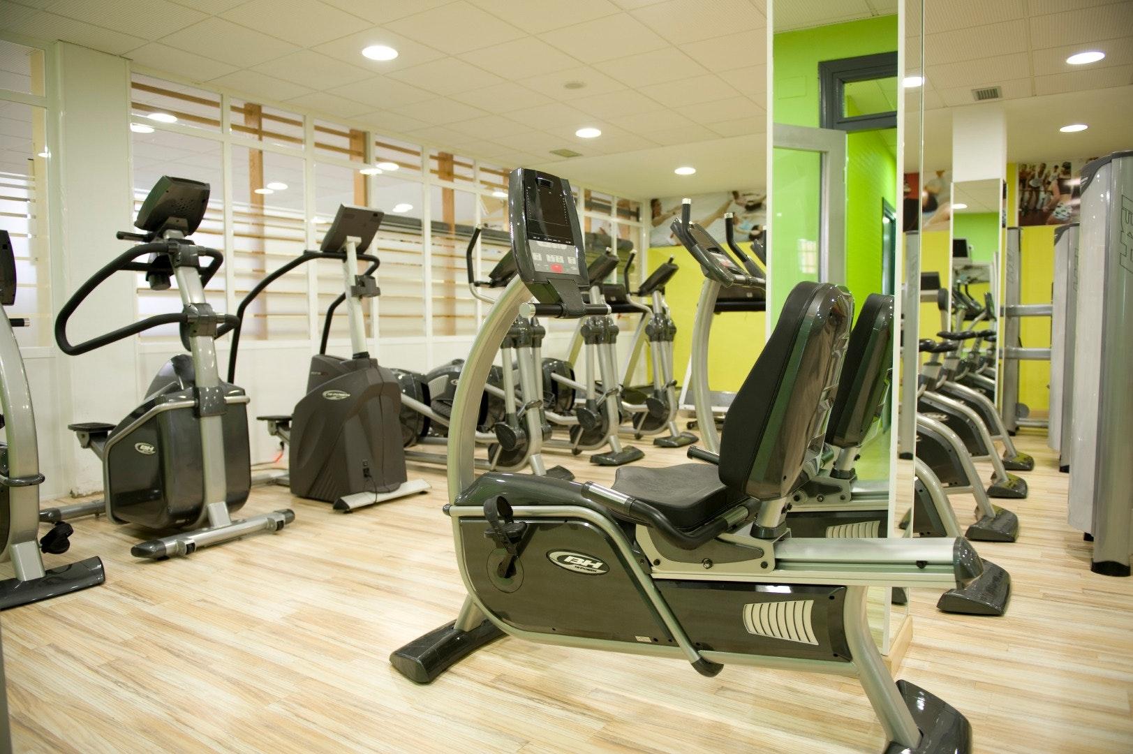 Foto 0 Oferta Oxigeno Sport&wellness Valdepeñas {2} - GymForLess