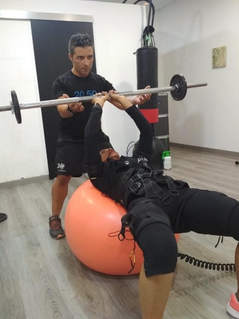 Foto 1 Oferta Electro Body Center Boadilla Boadilla del Monte {2} - GymForLess