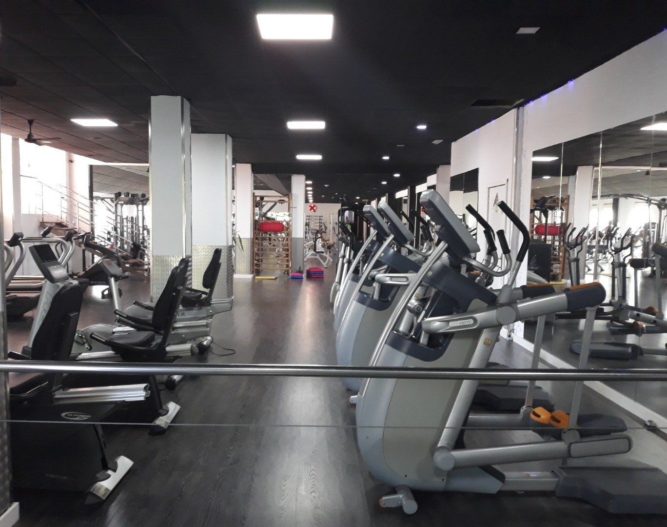 Foto 2 Oferta CENTER GYM CLUB Logroño {2} - GymForLess