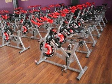 Foto 2 Oferta Centro Deportivo Fitness Factory Úbeda {2} - GymForLess