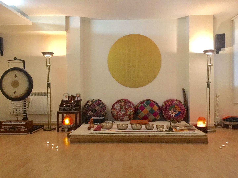Picture 3 Deals for Shunia Yoga Sagrada Familia Barcelona {2}