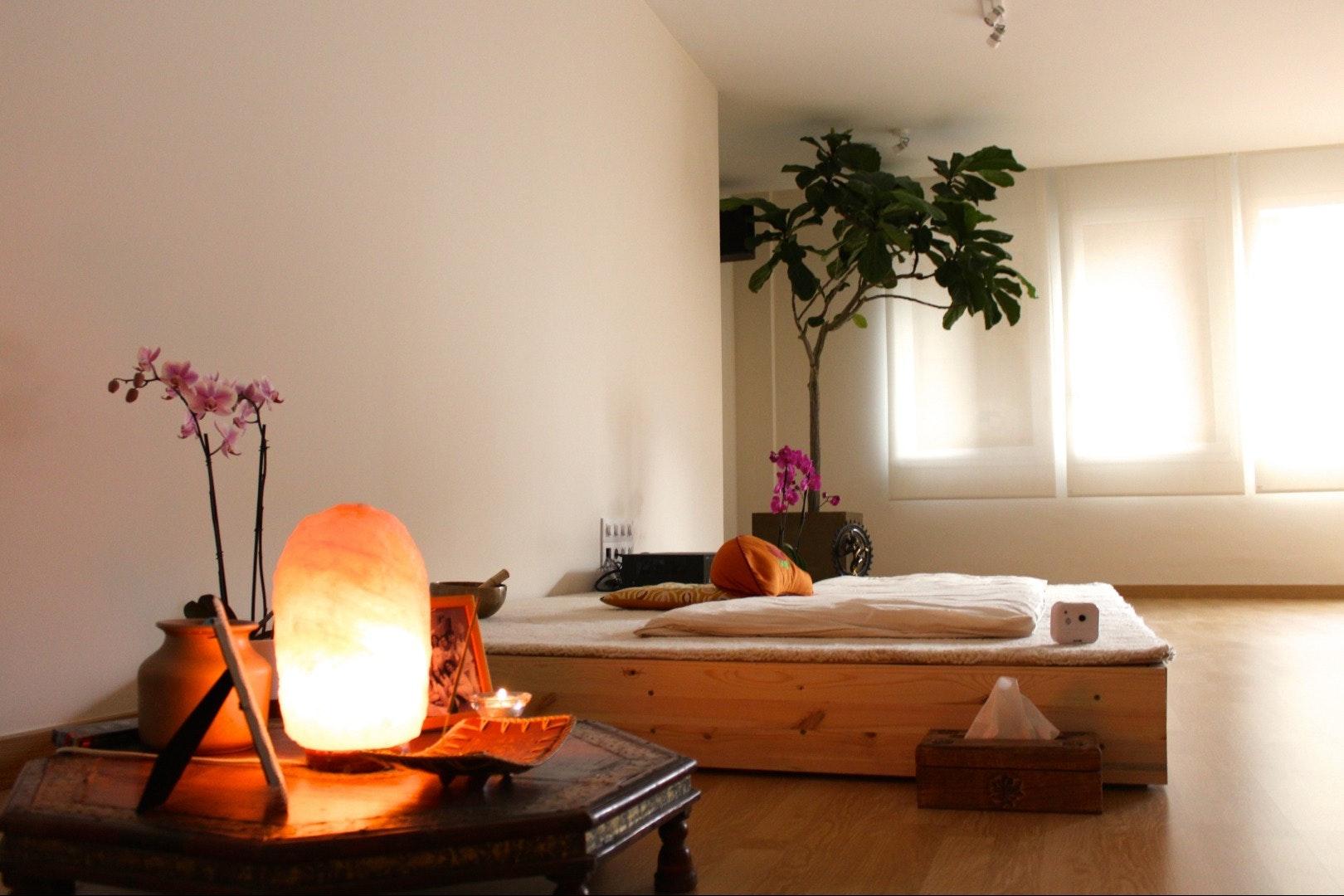 Picture 1 Deals for Shunia Yoga Sagrada Familia Barcelona {2}
