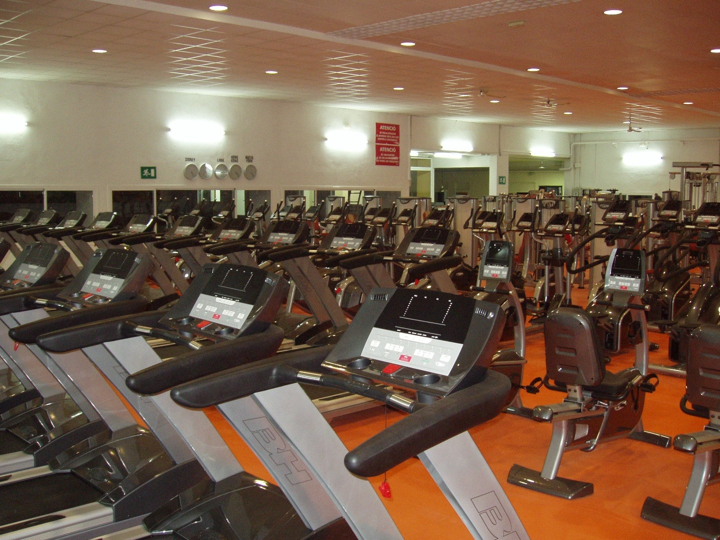 Picture 0 Deals for Pilmos Gym Cornellà de Llobregat {2}