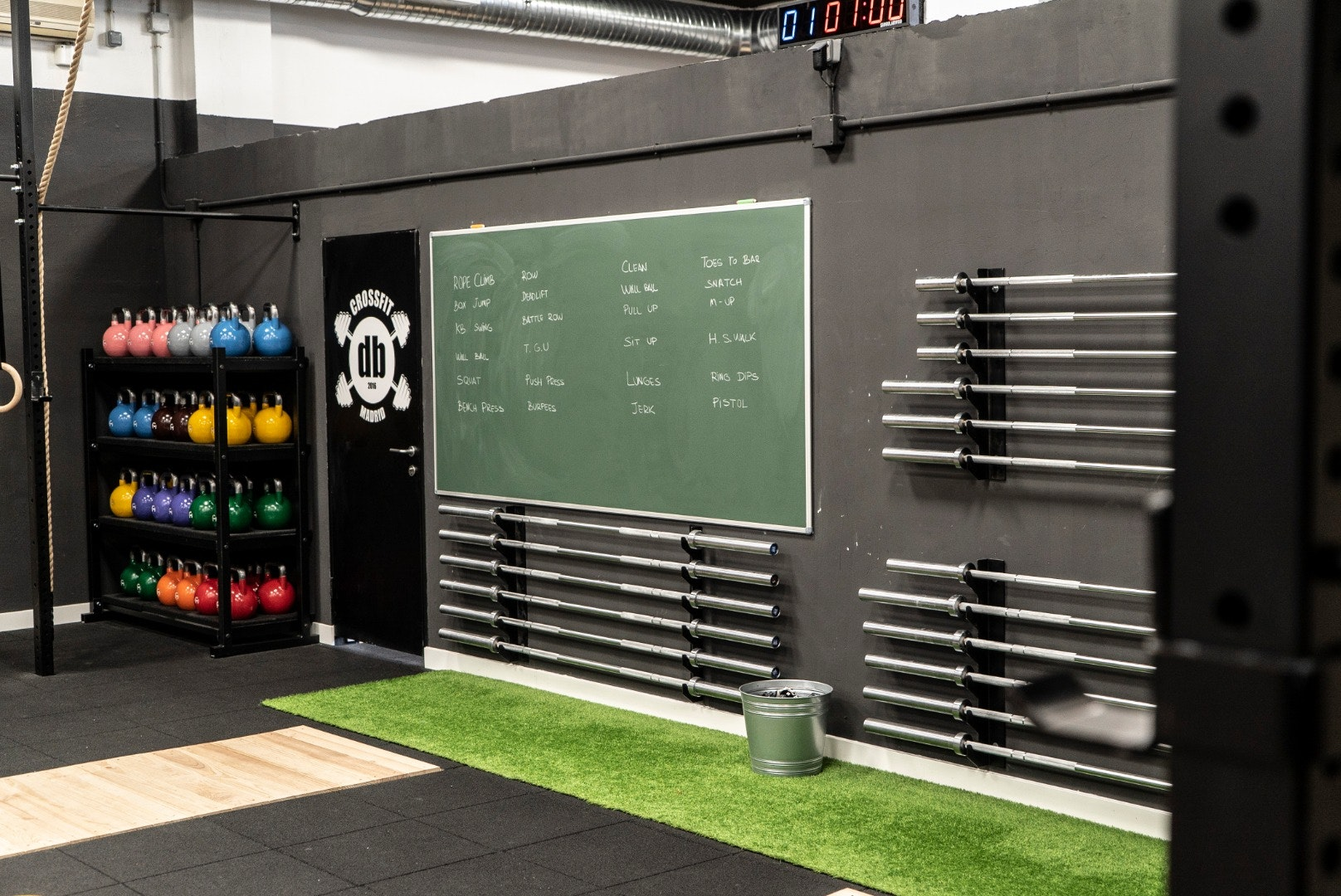 Foto 4 Oferta Crossfit DB Madrid {2} - GymForLess