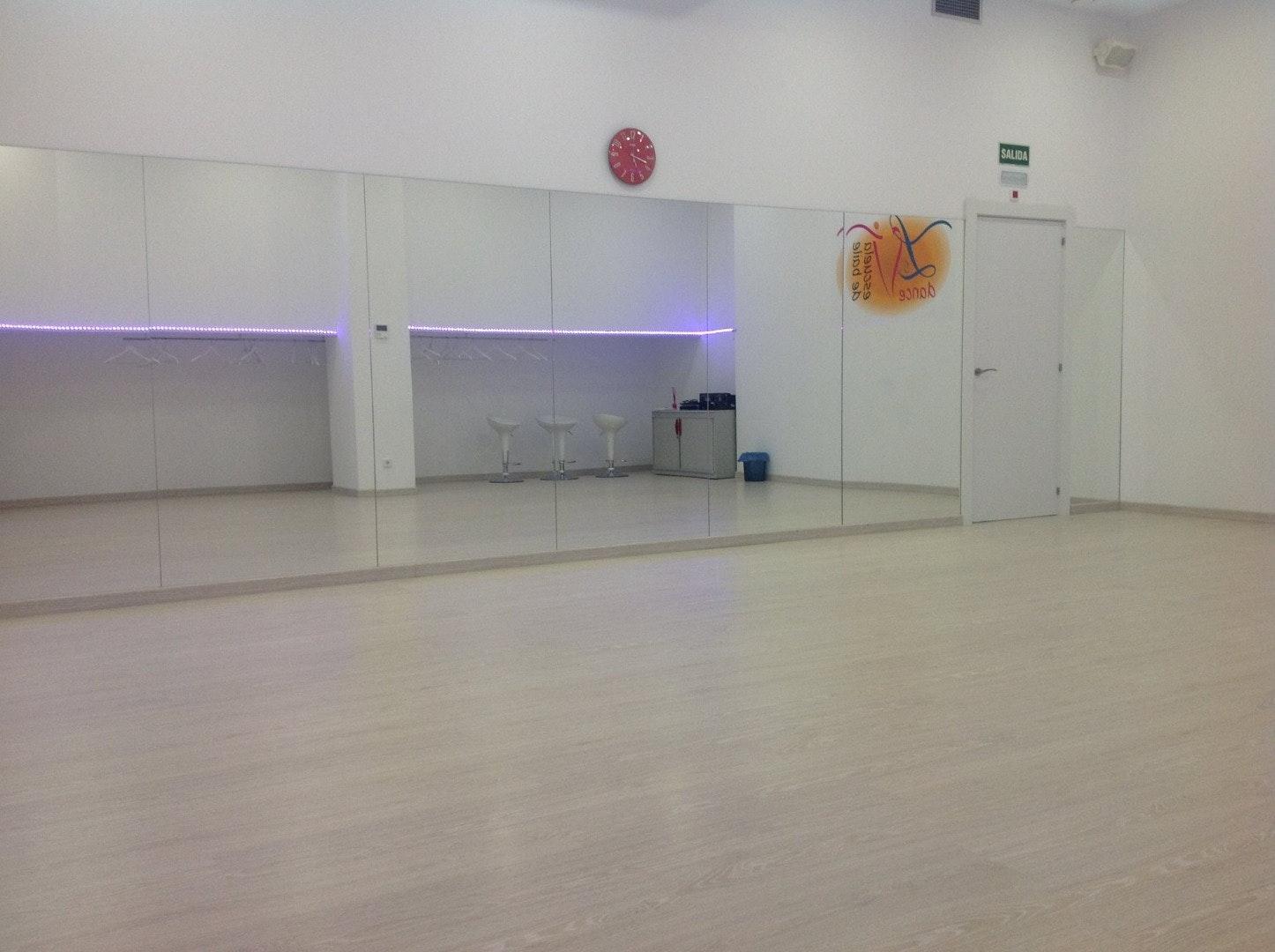 Foto 2 Oferta LV Dance Madrid {2} - GymForLess