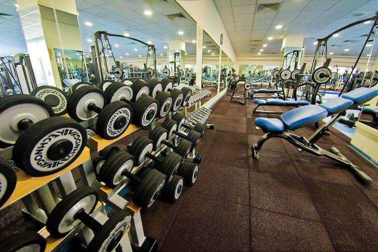 Спортен център ТИМ
