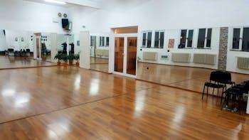 Dance studio new eX