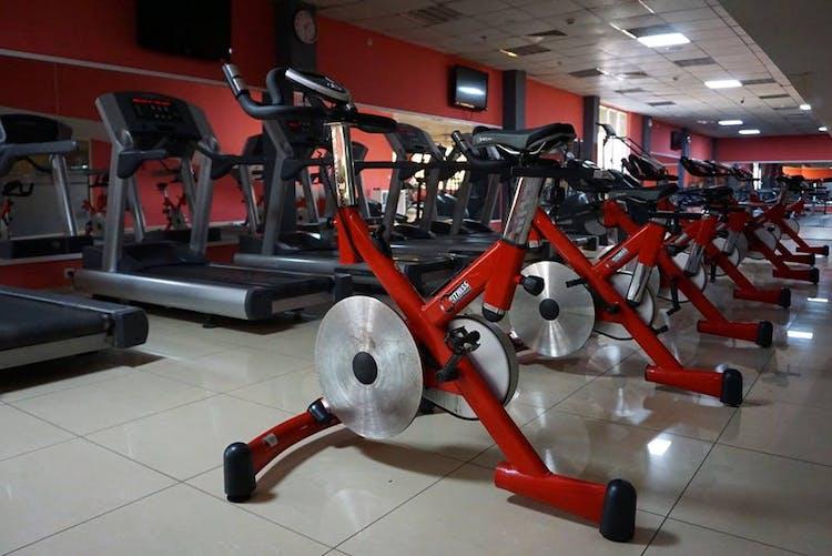 Спортен център MY Fitnes
