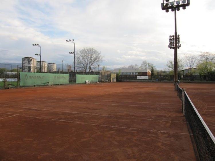 Тенис корт Локо-98