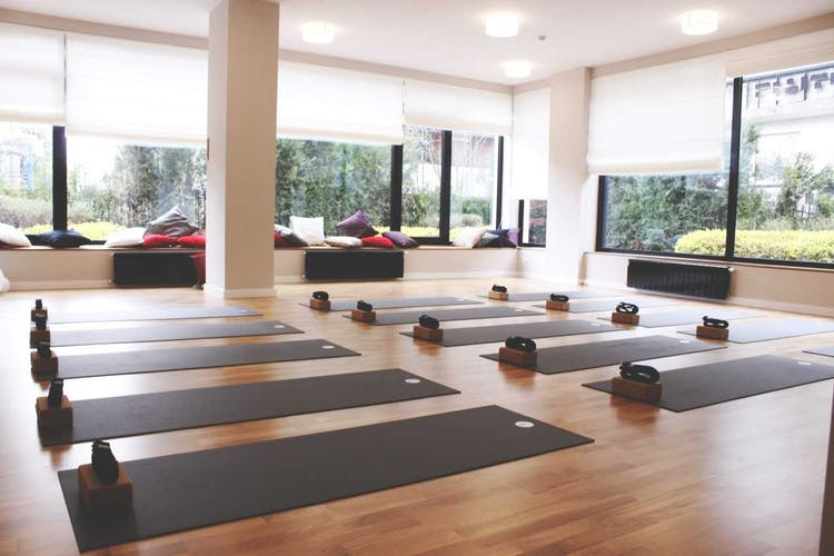 Yoga Vibe East