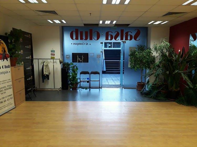 Salsa Club AL Compas
