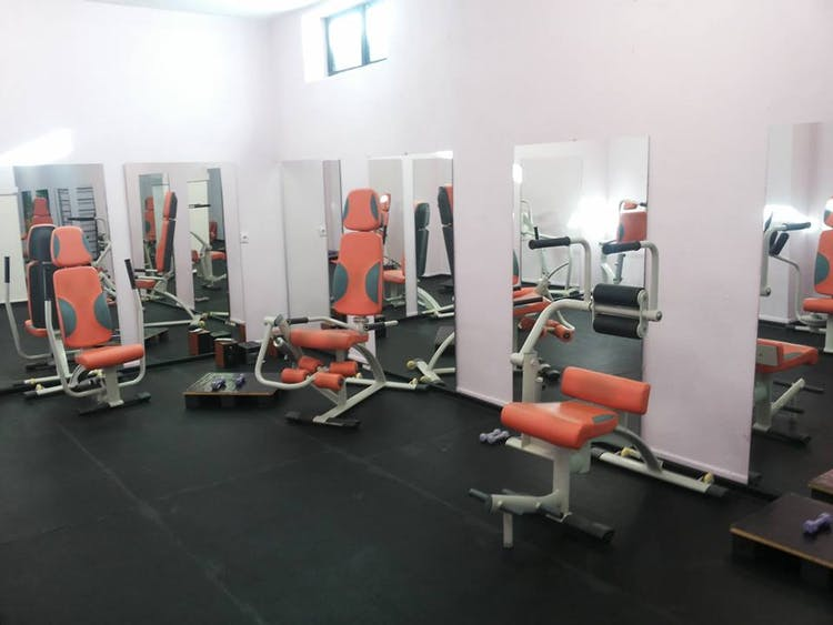 Beauty Lady`s gym