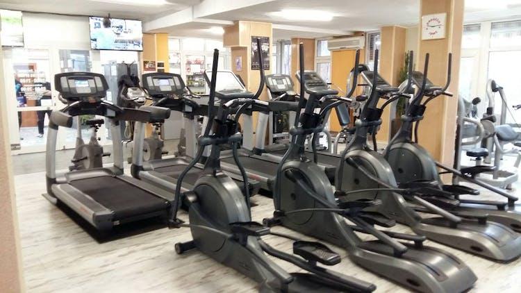 Фитнес център Олимпия