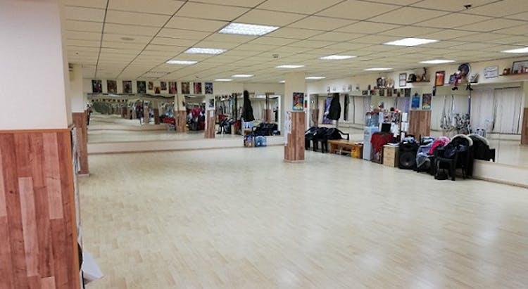 Клуб за народни танци Настроение Хр.Ботев