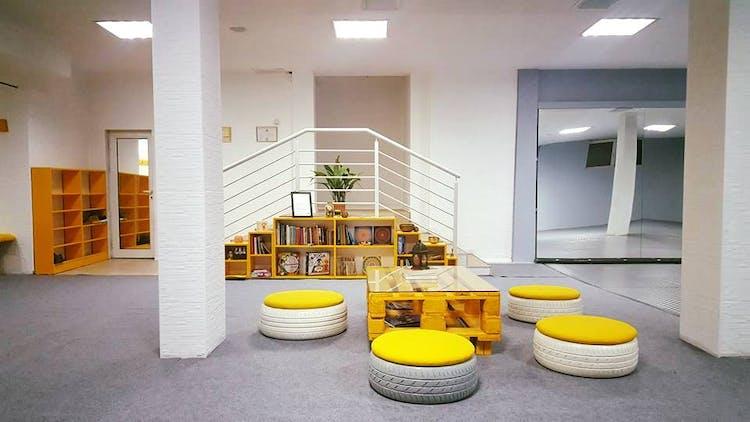 Спортен йога център и Арт център ЗАЛАТА