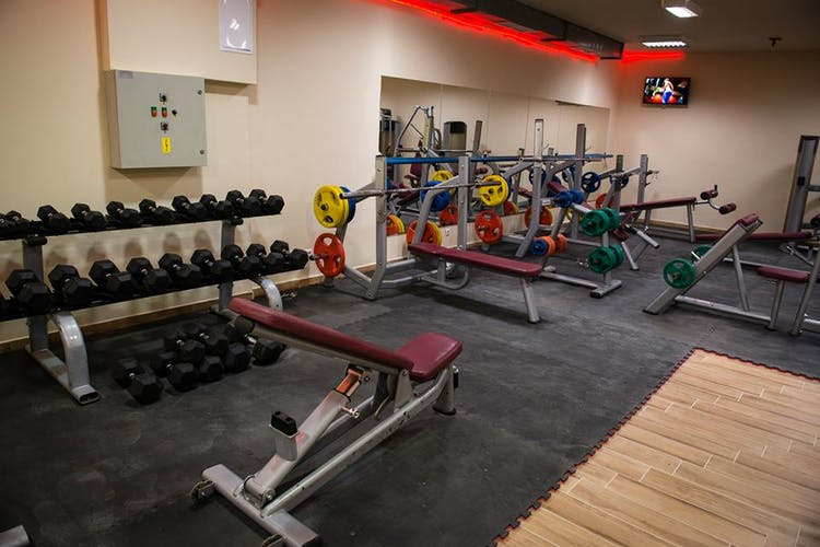 Фитнес център Dinamic Опълченска
