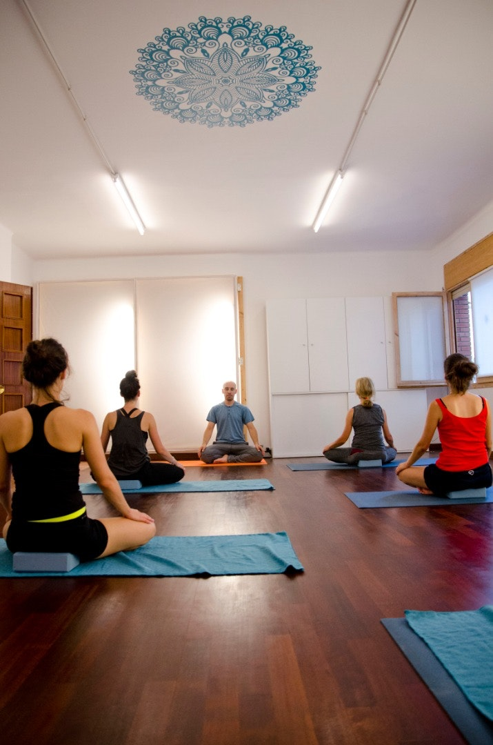 Picture 2 Deals for Yoga Transforma Barcelona {2}