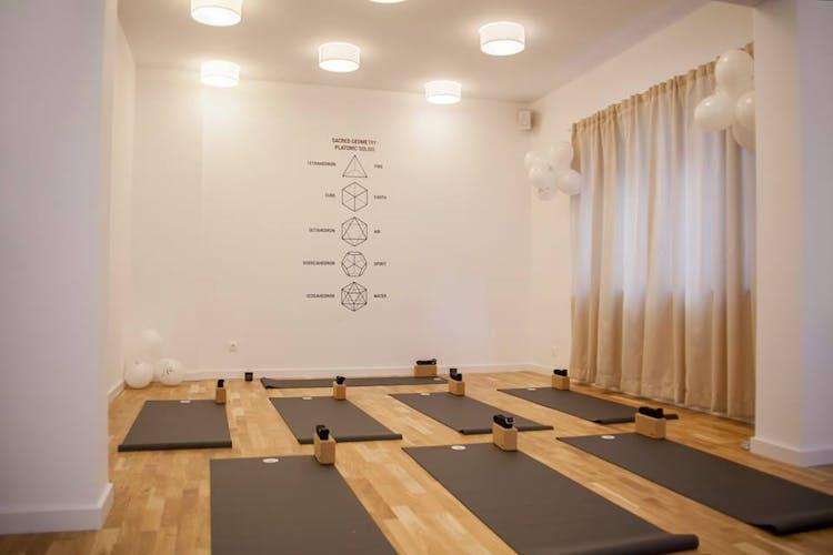Yoga Vibe Център