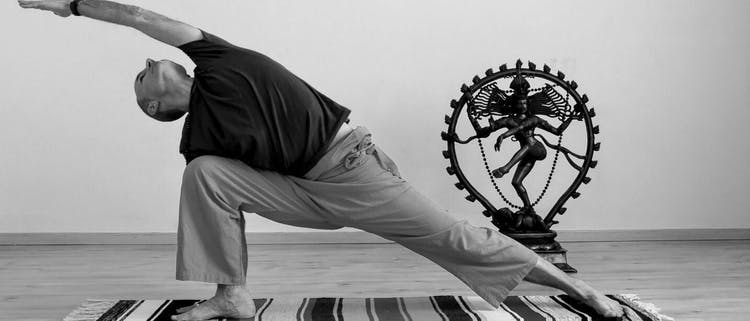 Prácticamente Yoga