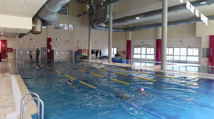 Oferta centro colegio estudiantes piscina madrid for Piscina el pardo