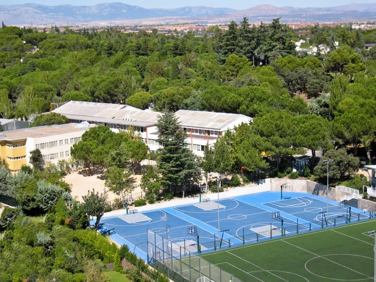 Colegio Liceo Europeo (Piscina)